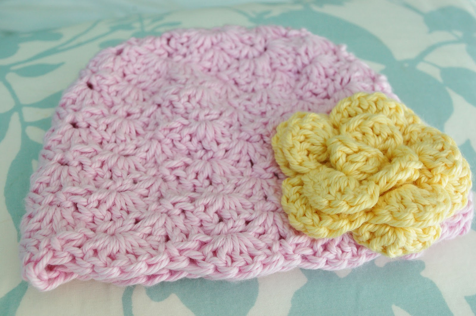 Alli Crafts: Free Pattern: Lacy Shells Hat - Newborn