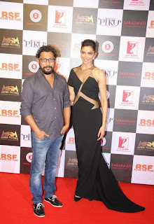 Bollywood Actress Deepika Padukone Pictures in Black Long Dress at Piku Success Meet  20.JPG