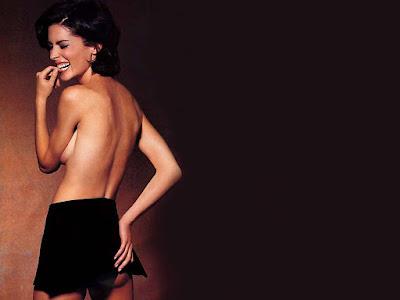Lara Flynn Boyle Topless Wallpaper