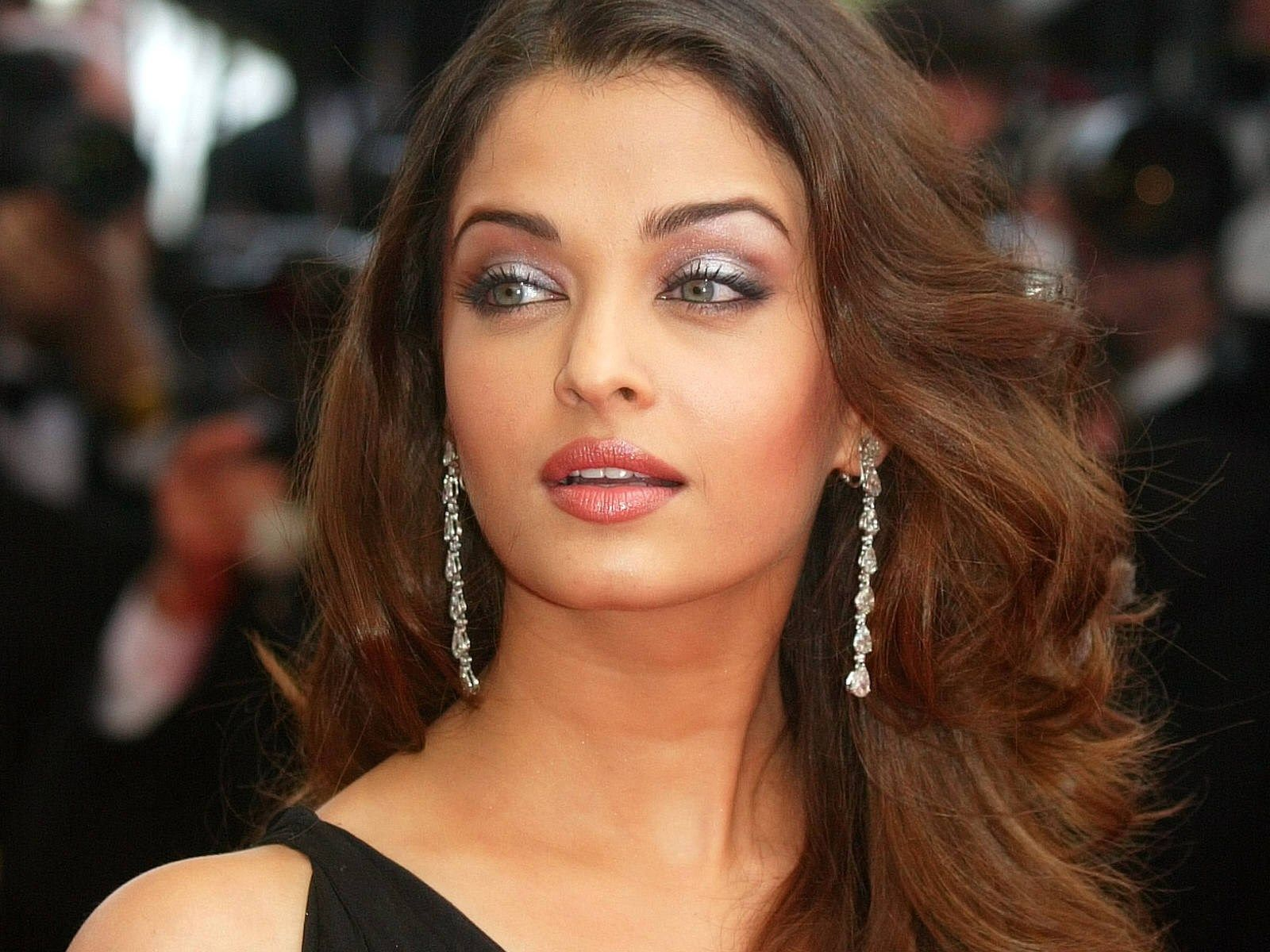 Aishwarya Rai ~ men's dreams