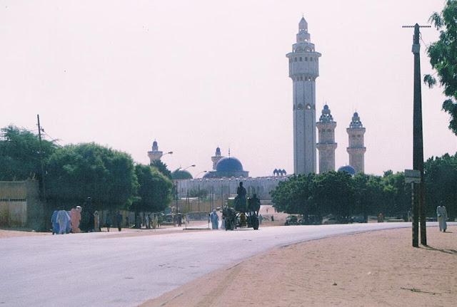 Touba%2B2003 ▷ Información útil: Senegal para Fumadores