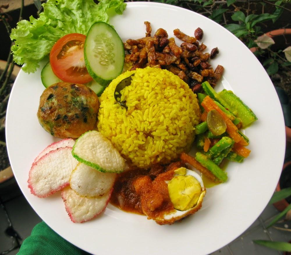 Resep Nasi Kuning Rice Cooker Spesial