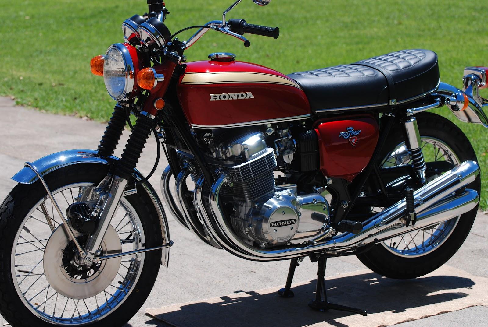Motorcycle: Vintage Motorcycle Parts