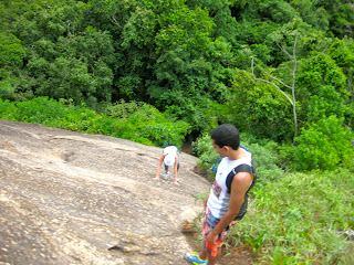 Last hike: beach and rainforest of Niteroi