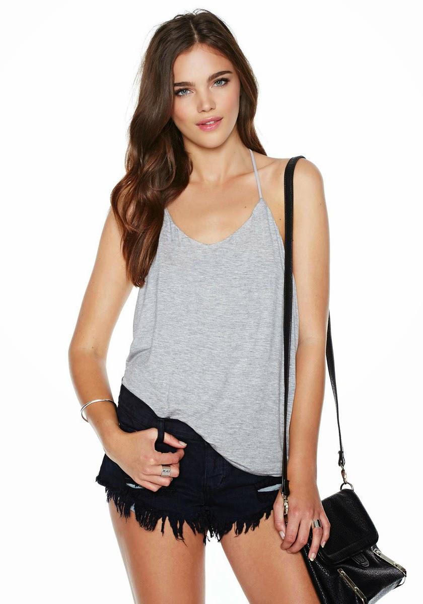 http://www.stylemoi.nu/open-back-halter-vest-with-strap-detail.html