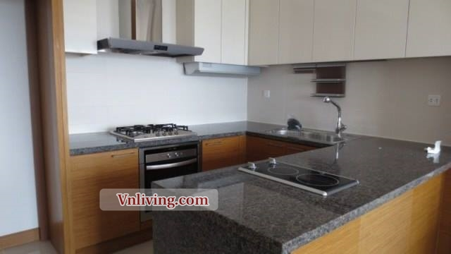 145 sqm apartment 3 bedrooms for rent in Xi Riverview District 2