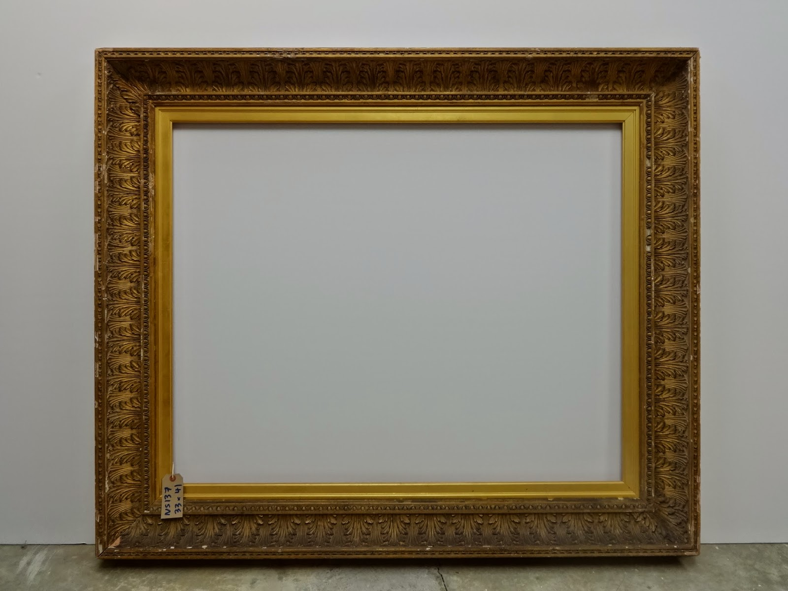 Victorian Empire Style Leaf Hollow Frame