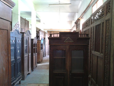 Lemari Jati Kuno