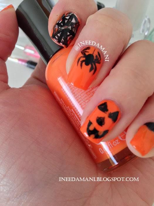 halloween spider nail art