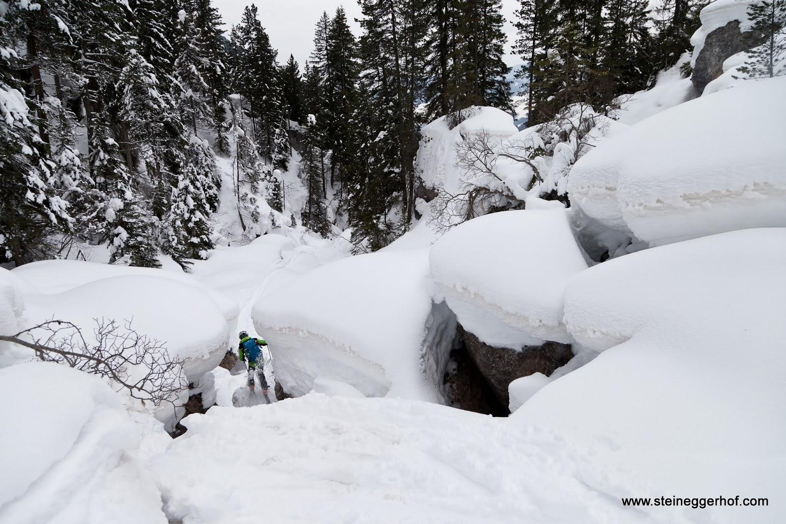 http://www.steineggerhof.com/de/hotelinformationen/fotogalerie/skitour-villnoesstal-28-02-14-id-5985389623448970849.html