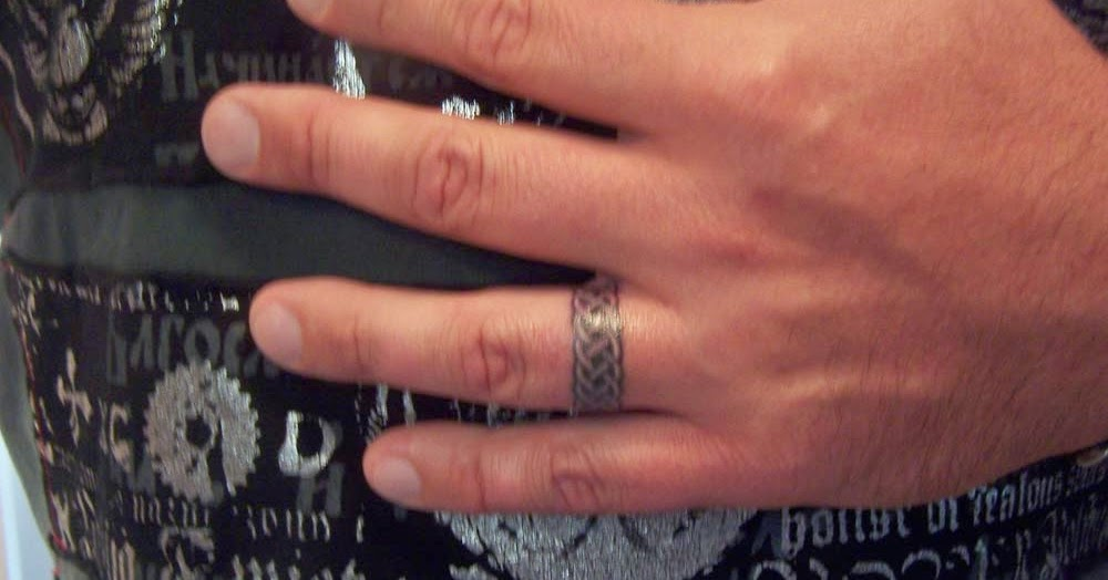 Mens Wedding Ring Tattoos Stunning Design