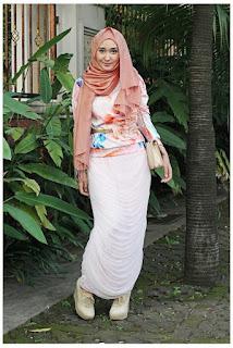 Model Busana Muslim Kasual untuk Beraktivitas di Kampus