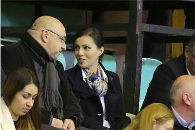 Връзката между журналистката и спортния министър става все по-сериозна