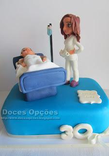 Bolo do aniversário da enfermeira Carla