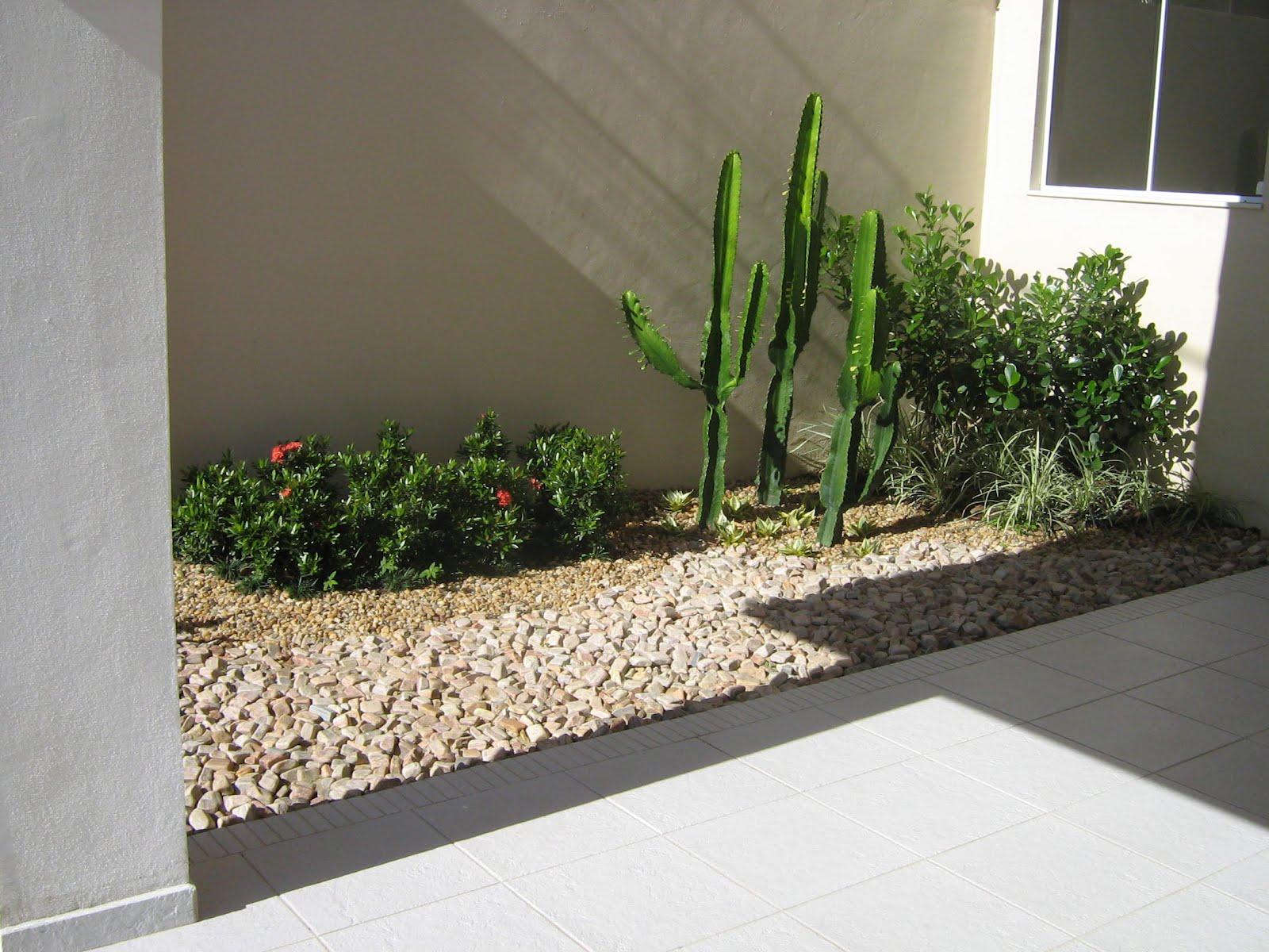 pedras para jardim em sorocaba:Mauro Pedras Decorativas: Jardim de Pedra de Rio
