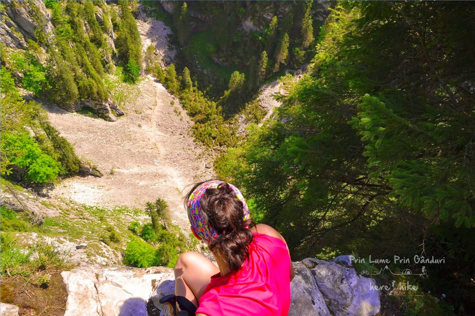 galbenei-gorge-hike-balcoanele-ponorului