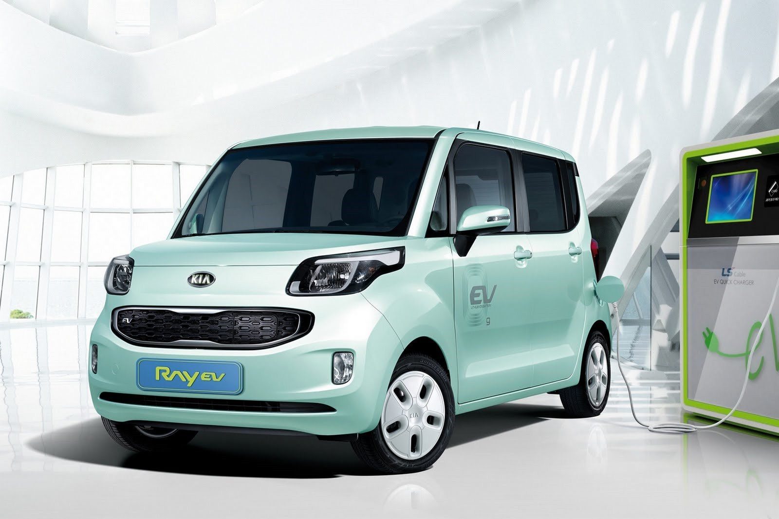 2014 Kia Soul EV Car Review
