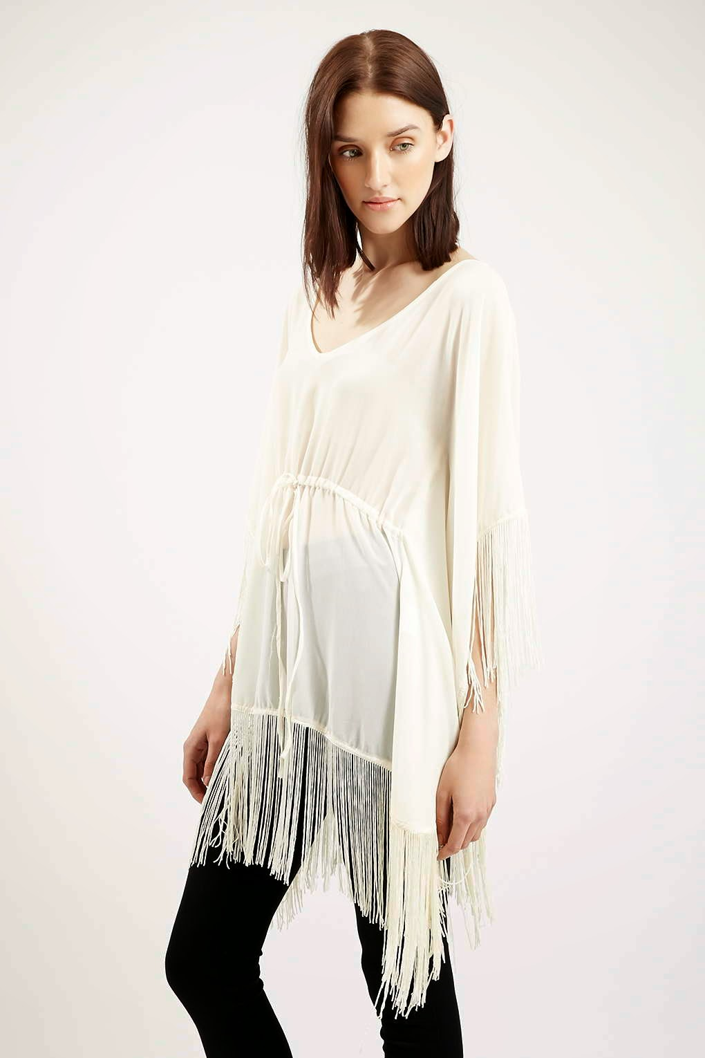white top with fringe, white kimono tassel,