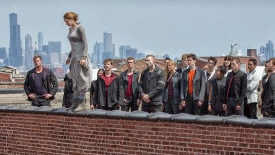 The Hunger Games movieloversreviews.filminspector.com