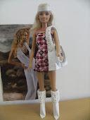 Criação de botas e bolsas para a Barbie