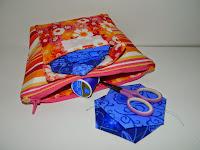 http://sslsewsimpledesigns.blogspot.com/2015/03/pocketed-zip-pouch.html