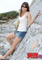 10musume 052915_01 南国娘と地元でデート!私の海で泳いで