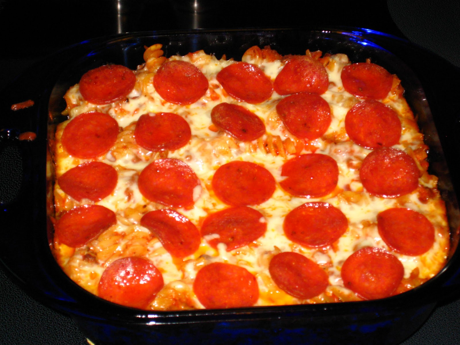 Home Inspired Bliss: Recipe Time: Easy Pizza Pasta Casserole