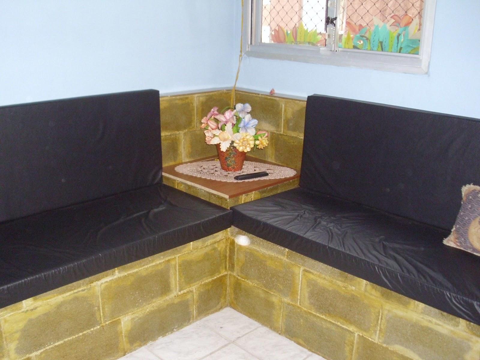 Sala Pequena Com Sofa De Alvenaria ~ Mistura do Lar Estante e sofá de alvenaria feito pela minha vizinha