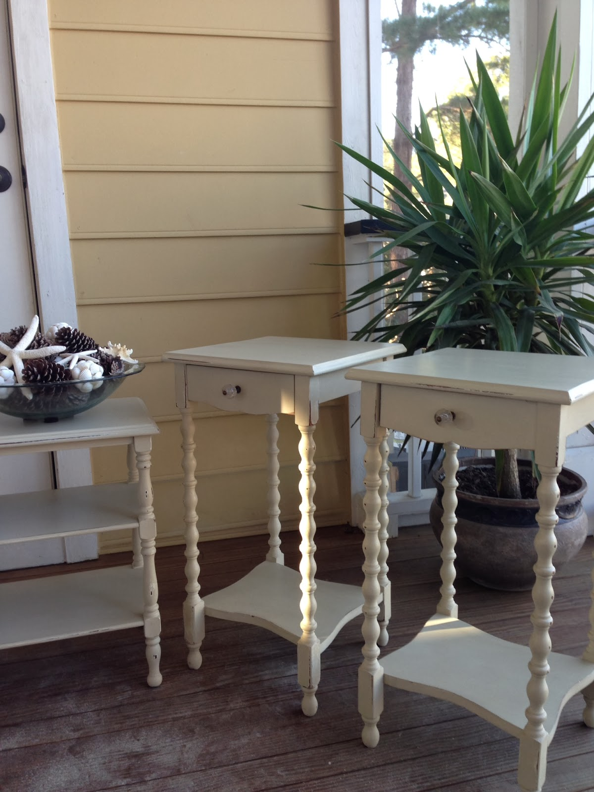 I Love Little End Tables With Spindle Legs And Little Curves. I Found These  When A Sweet Girl Was Graduating From The College Of Charleston.