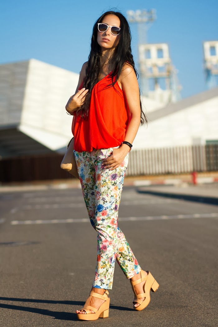 Look with FLORAL TROUSERS and ORANGE TOP