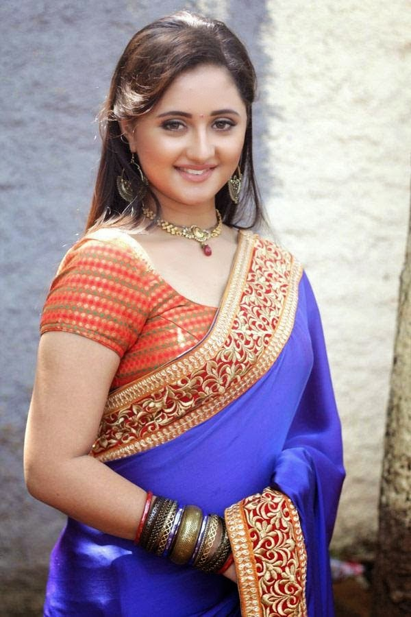 Rashmi Desai Hot HD Wallpaper Free Download