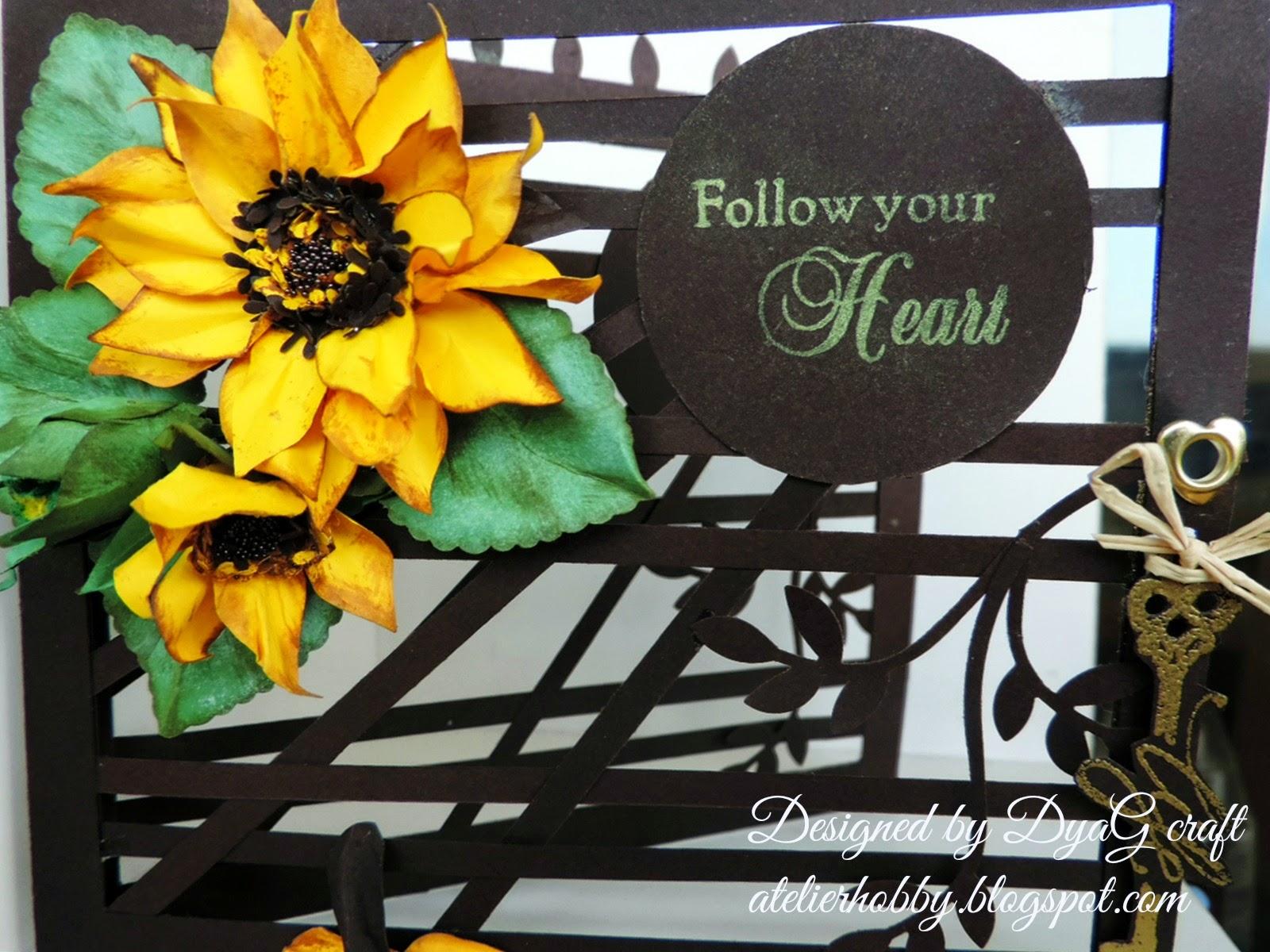 floarea soarelui felicitare cu accente maron aurii si galbene
