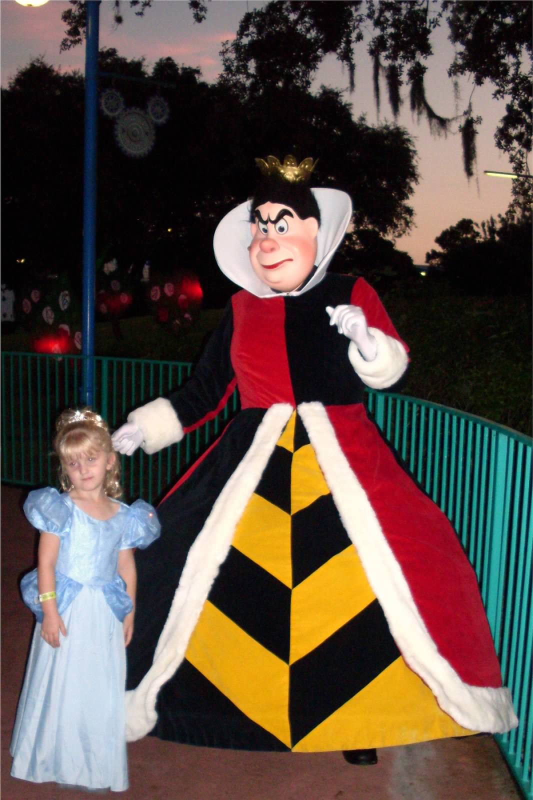 Trick or Treating at Mickeys Not So Scary Halloween Party - Tips ...