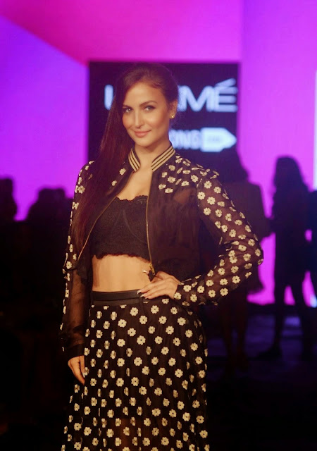 Elli Avram Stills At Lakme Fashion Week 2015