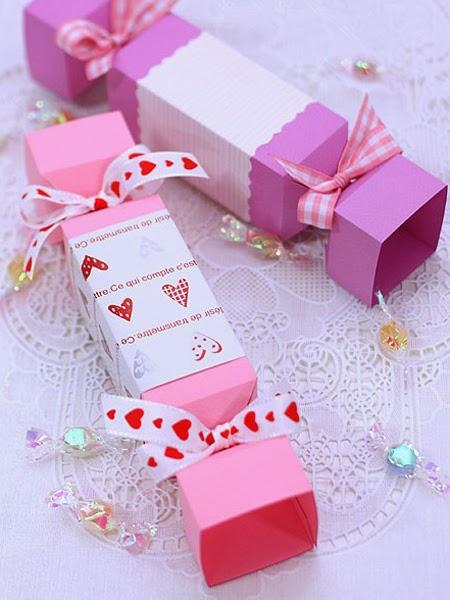 Опаковка за подарък с форма на бонбон