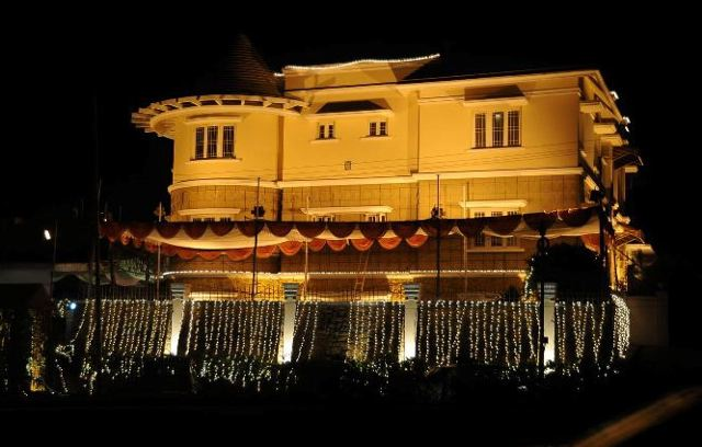 Venkatesh manikonda house pictures