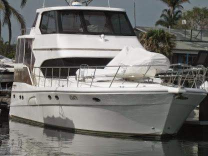 56' Kingfisher Royale Aft Cab - AU $ 789,000