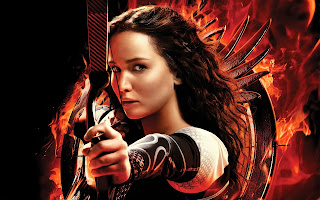 Katniss Jennifer Lawrence Holding Bow Hd Wallpaper
