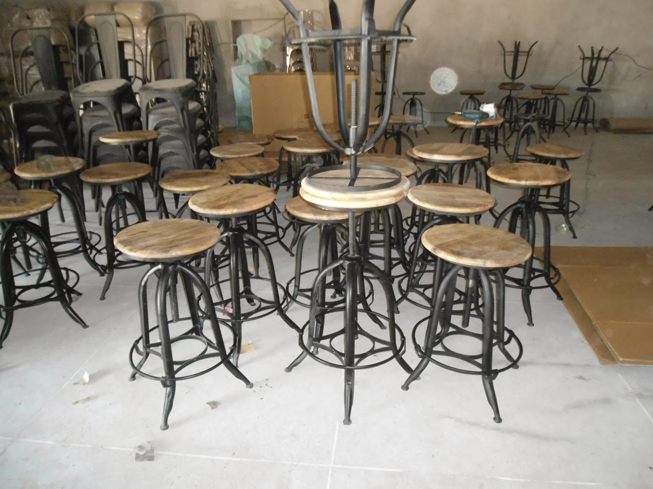 iron industrial furniture. Iron Industrial Furniture