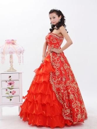 1277140352 101159396 1 gambar obral gaun pengantin gaun pesta