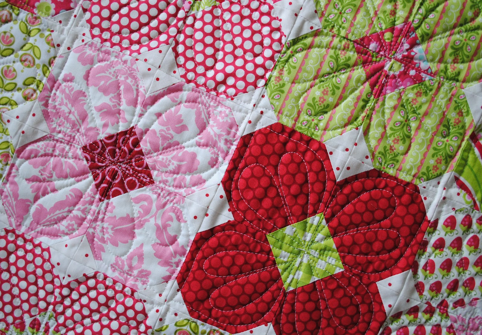 Quilt Patterns Snowball Block : {Sisters and Quilters}: Spring Snowballs and Hearts? Yes! with more Zoologies....