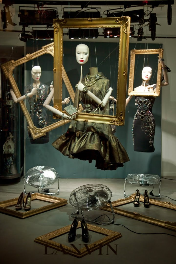 a gallery of the world 39 s best fashion windows how about