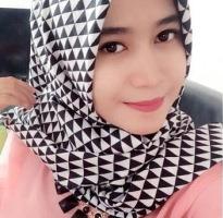 Hikmah grosir jilbab segi empat Surabaya motif terbaru ter up date
