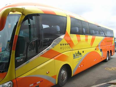 Autobús de Wonder Perú Expedition, Perú, La vuelta al mundo de Asun y Ricardo, round the world, mundoporlibre.com