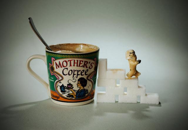 Samsofy, Legographie, Legografía, Cafeinómano