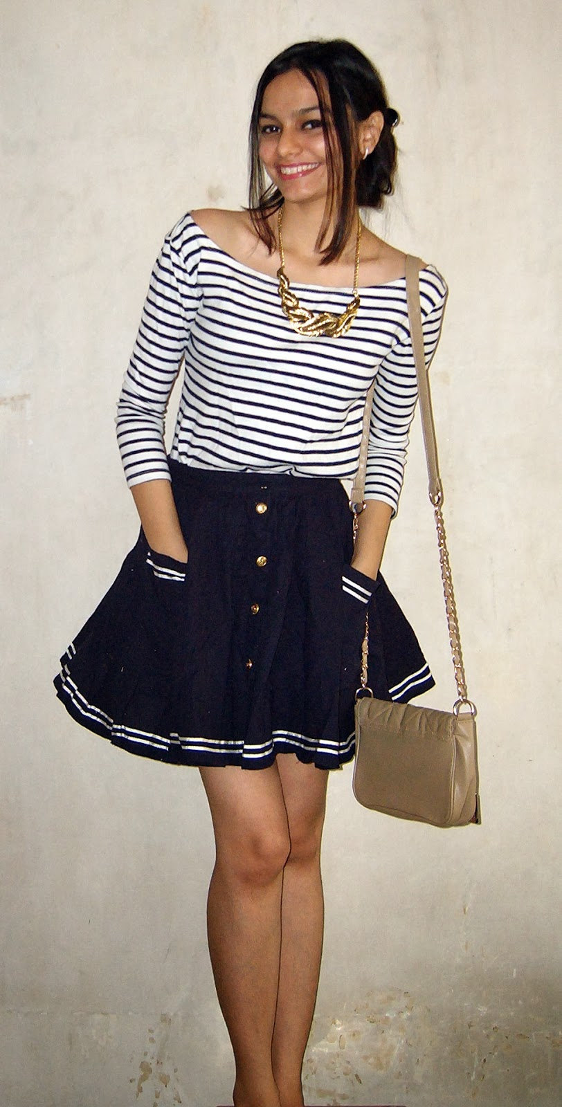nautical look ,striped tee, how to wear stripes, skater skirt, how to wear skater skirt, topshop skater skirt, what to buy at fashion street, what to buy in bandra