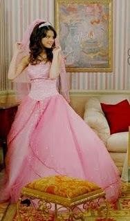 Sexy Selena Gomez Hot Pics