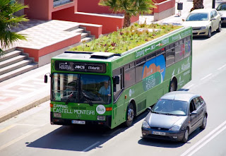 http://www.urbangardensweb.com/2013/07/24/phyto-kinetic-green-roofs-for-city-buses-and-improved-urban-ecosystem/