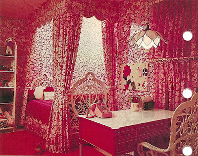 Braxton and yancey moulin rouge room d cor bordello chic artist s loft and bohemian for Slaapkamer deco