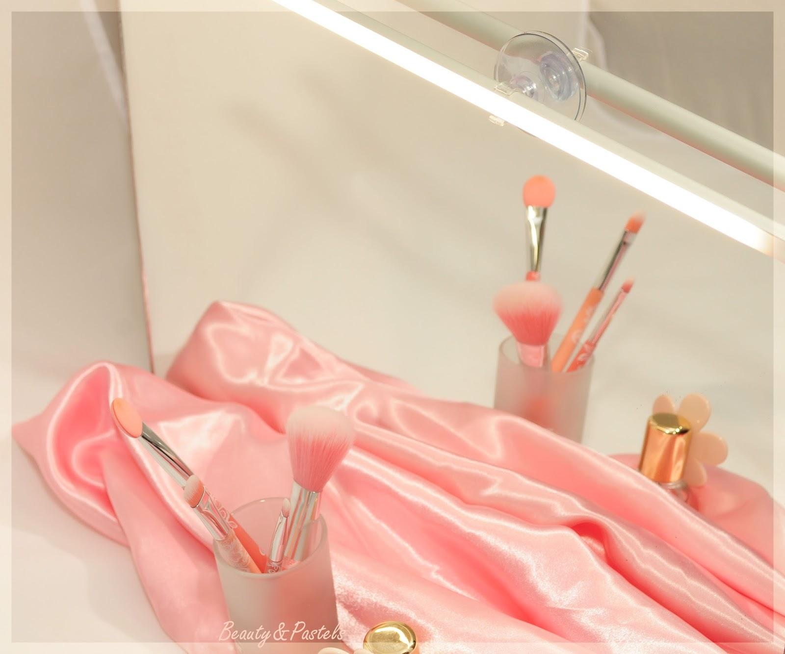 Kosmetik-Spiegelleuchte